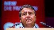 Gabriel: Mit der SPD keine Änderung des Asylparagraphen