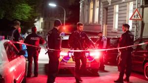 Drei tote Männer in Wohnheim