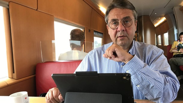 Sigmar Gabriel wird Journalist