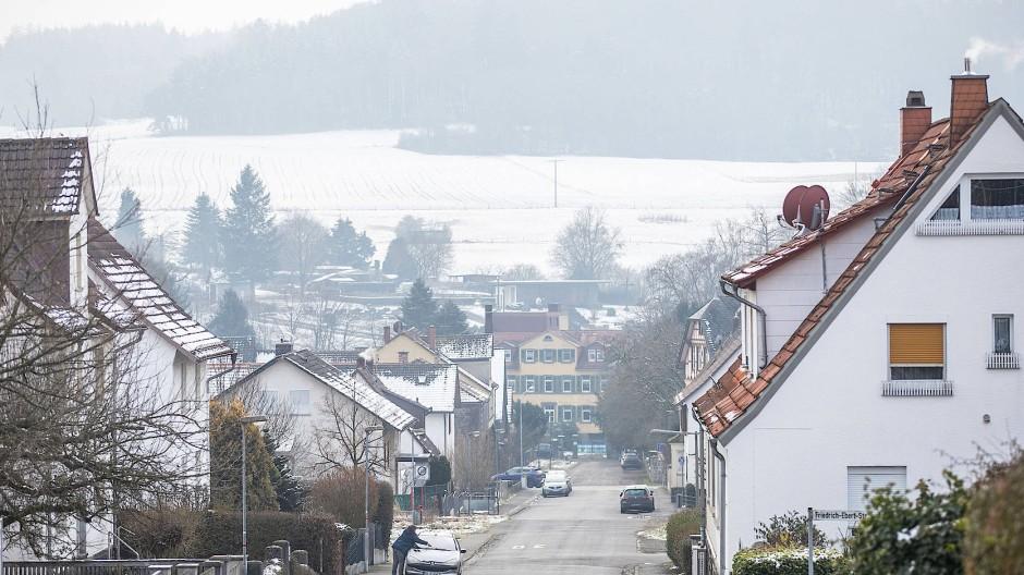Abgeschnitten: Der Rabenauer Ortsteil Londorf liegt rund 20 Kilometer von den Mittelzentren Gießen und Marburg entfernt.