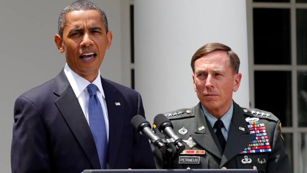 Kopie von Kopie von Petraeus Resigns