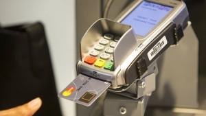 Mit dem Fingerabdruck die Kreditkarte freigeben
