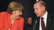 Merkel: Es fehlt nicht an emotionaler Nähe zur Türkei
