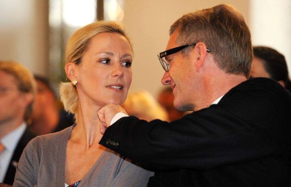 Bettina Wulff mit ihrem Mann in der vergangenen Woche bei einer Veranstaltung der Peter-Maffay-Stiftung in Duderstadt