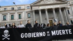 Spanisches Abgeordnetenhaus stimmt für Legalisierung von Sterbehilfe
