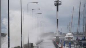 """Sturm """"Gisela"""" bringt Hochwasser an der Ostsee"""