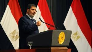Mursi gibt Mubarak-Getreuen die Schuld an der Krise