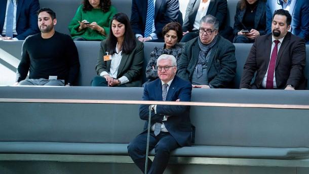 Die Brandstifter im Bundestag