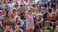 Das Publikum war begeistert vom Damen-Finale in Wimbledon.
