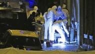Polizei erschießt zwei mutmaßliche Terroristen