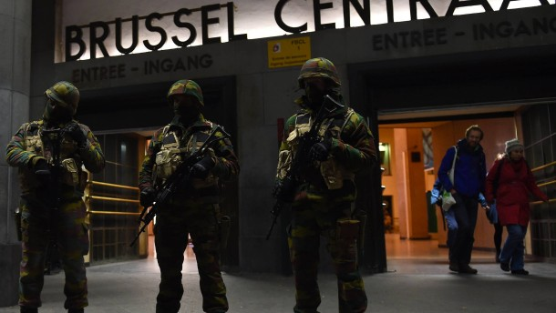Festnahmen in Belgien, Hauptverdächtiger nicht gefasst