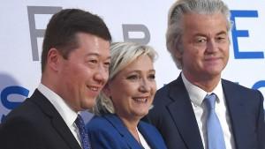Europas Rechtspopulisten fordern Ende der EU