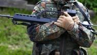 Bundesregierung muss über Waffenexport entscheiden