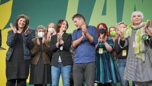 Grüne stimmen Koalitionsverhandlungen zu