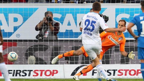 Schalke punktet vom Punkt
