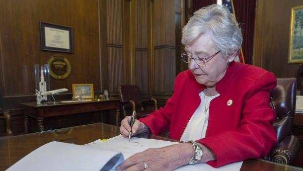Alabama will Kinderschänder chemisch kastrieren lassen