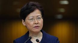 Regierung in Hongkong fordert Dialog