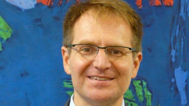 Ranges Nachfolger Peter Frank