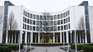 Aktion gegen Terrorhelfer in Nordrhein-Westfalen und Großbritannien