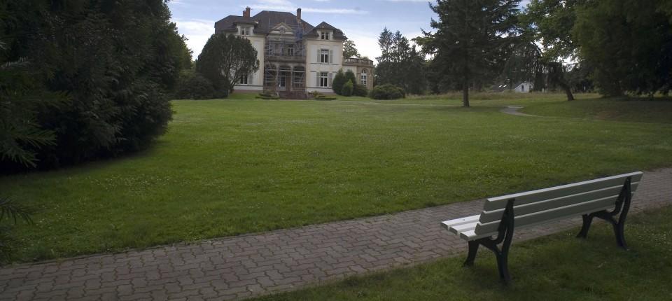 Skulpturenpark Im Bad Homburger Gustavsgarten