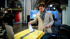 Rechtspopulisten werden in Niederlanden stärker