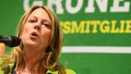 """Man sei nicht nur """"der grüne Steigbügel der SPD"""", hob die Grünen-Spitzenkandidatin Maike Schaefer hervor."""