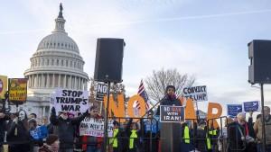 Resolution soll eigenmächtige Militäraktion Trumps verhindern