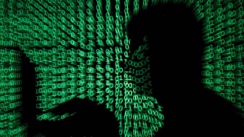 Die Cyber-Attacken auf westliche Staaten nehmen zu. Der britische Geheimdienst glaub zu wissen, wer hinter den Angriffen steckt.