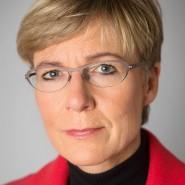 """Heike Schmoll - Portraitaufnahme für das Blaue Buch """"Die Redaktion stellt sich vor"""" der Frankfurter Allgemeinen Zeitung"""