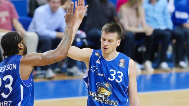 Frankfurter holen Basketball-Europapokal