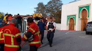 Schüsse vor Moschee in Frankreich