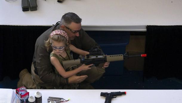 Firmen beenden Zusammenarbeit mit Waffenlobby NRA
