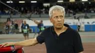 Nizzas Trainer Lucien Favre nach der Niederlage gegen Neapel