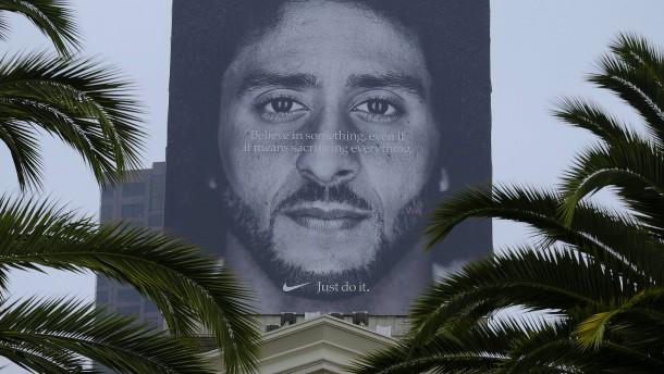 Werbung mit Trump-Kritiker füllt Kassen von Nike