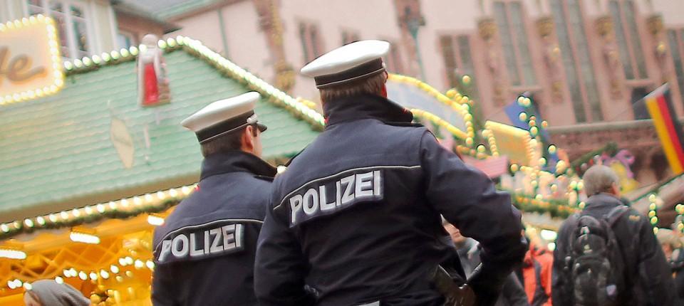 Sicherheitskonzept Mehr Polizei An Weihnachten Und Silvester