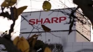 Foxconn lässt Sharp warten