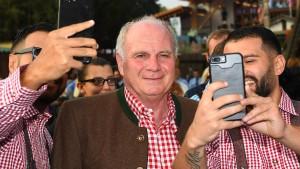 Uli Hoeneß spricht von Rückzug als Klubpräsident
