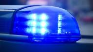 Fahrgäste greifen Taxi-Fahrer an - Drei Festnahmen