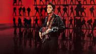 """Es lebe der König: Bei der Show """"Elvis in Concert"""" ist Elvis Presley in vielen Filmausschnitten präsent."""