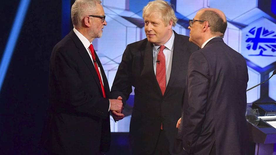 Nach einer ersten Zuschauerumfrage konnte Boris Johnson das letzte TV-Duell vor der Wahl für sich entscheiden.