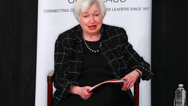 Fed peilt nur Wochen nach Trumps Amtsantritt Zinserhöhung an