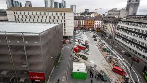 Sparversion des Frankfurter Busbahnhofs