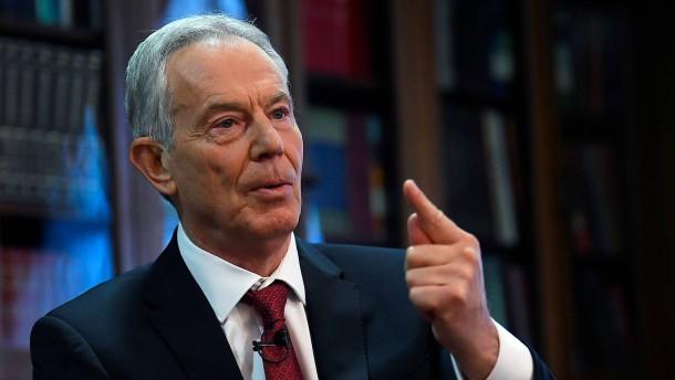 """Blair kritisiert Corbyns """"gleichsam revolutionären Sozialismus"""""""