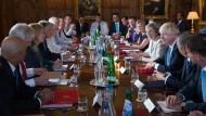 Britisches Kabinett streitet über Brexit-Pläne