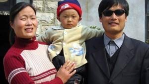 Chen Guangcheng nach Amerika ausgereist