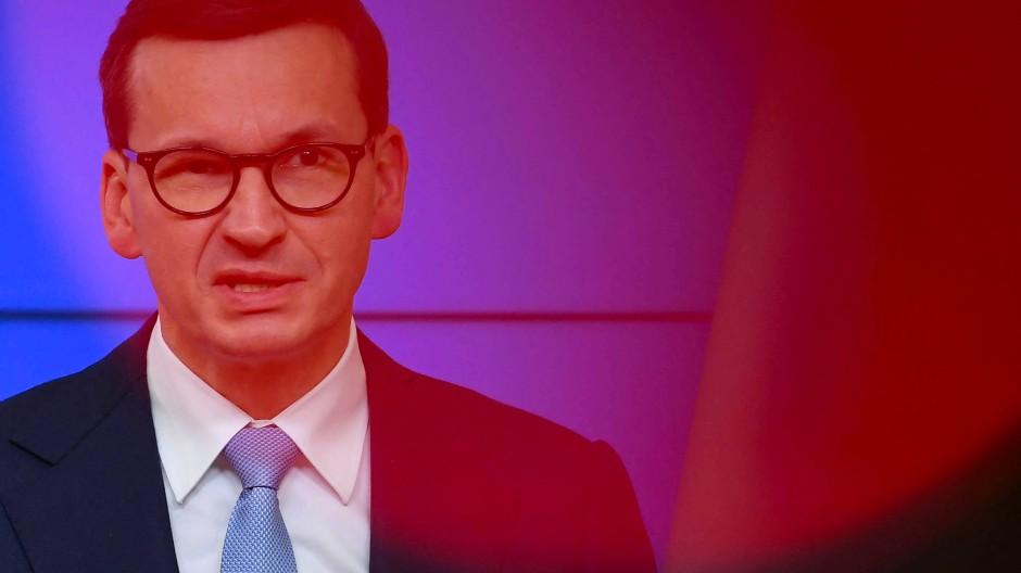 Ministerpräsident Mateusz Morawiecki war am Mittwoch im Land unterwegs und äußerte sich auf Anfrage nicht.