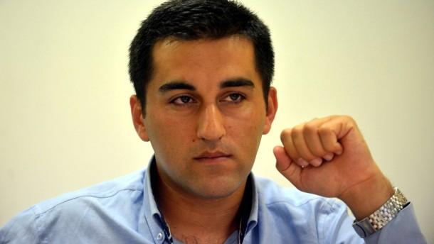 Zwei türkische Journalisten - Karen Krüger befragt die beiden über die aktuelle angespannte politische Lage in der Türkei