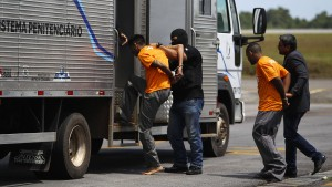 Vier Häftlinge bei Verlegung in andere Anstalt erstickt
