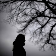 Teufelskreis: Wegen Corona hat man mehr Zeit um über unangenehme Dinge wie Corona nachzudenken, sagt die  Psychotherapeutin Barbara Günther-Haug. (Symbolbild)