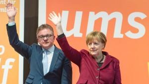 """""""Wir wollen die Zahl der Flüchtlinge deutlich reduzieren"""""""